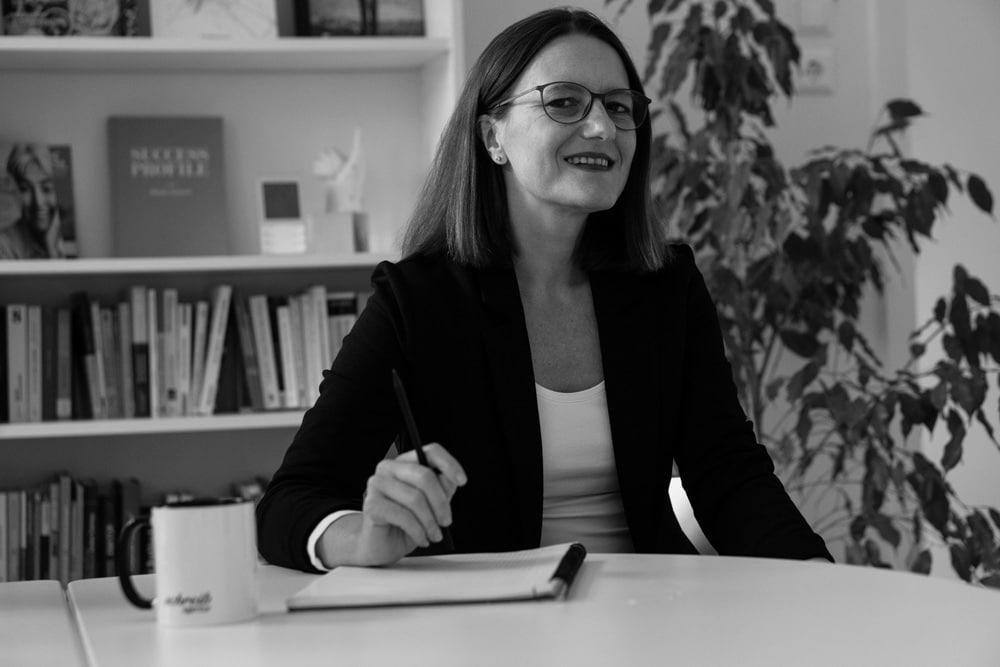 Schreibagentur-Leiterin Claudia Riedmann im Interview