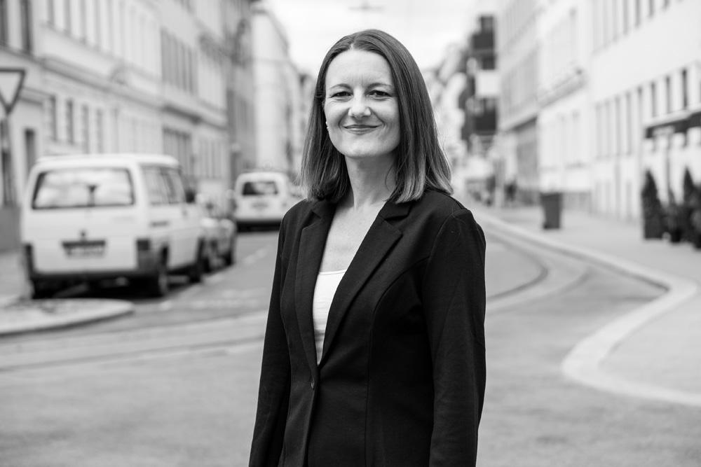 Schreibagentur-Leiterin Claudia Riedmann in Wien